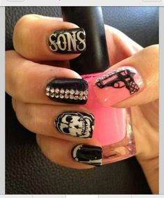 OMG Sons of Anarchy nails!