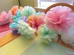 DIY: tissue paper flowers