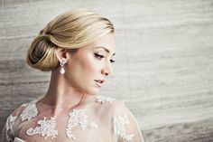 Old Hollywood glam hair and makeup   Photo by Joy Marie Photography