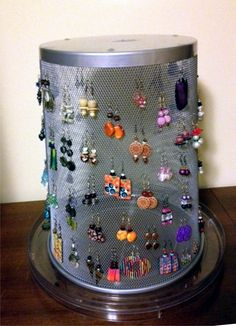 EARRING DISPLAY  This is a MESH TRASHCAN on a LAZY SUSAN!