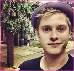 """Lucas Grabeel Is Back On The Set Of ABC Family's """"Switched At Birth"""" For Season 2"""