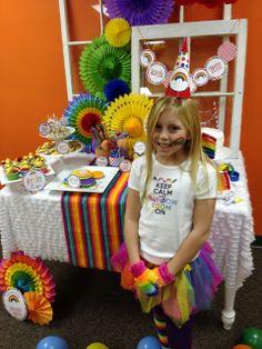 Rainbow loom party #rainbow #create #party #colors