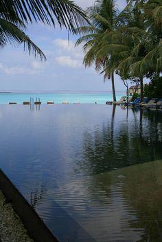 Infinity tropical Pool
