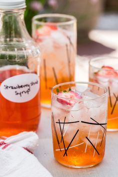 Strawberry Shrub Coolers | www.jellytoastblog.com | #strawberry #drink #summer