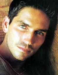 Crushing on this delicious cupcake -- Jim Caviezel. If anyone knows him or anyone who looks like him feel free to give him my phone number. :-)
