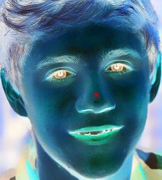 Stare at the red dot for 30 seconds, then look at the wall. im now happier