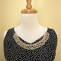 Crochet Collar Pattern.