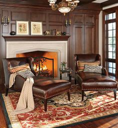 Ideal for a conversation area with side-by-side loungers or for those looking to get lost in their favorite book...