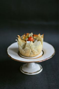 Nests of phyllo dough with asparagus cream and ricotta