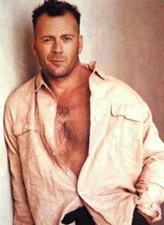 Bruce Willis- Looks like his real hair