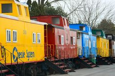 The Red Caboose Motel, we want to stay here after we go on the wine and cheese train ride at Strausburg Railroad.
