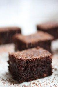 Paleo Almond Fudge Brownies #paleo
