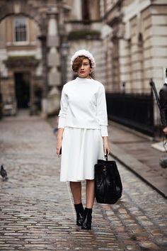 Black ankle boots and handbag with white skirt, white sweater, hat #minimalist #fashion #style  #modestfashion #modestdress #tzniutfashion #classicdress #formaldress #kosherfashion