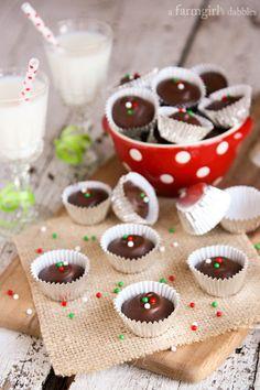 Homemade Peanut Butter Cups - www.afarmgirlsdabbles.com