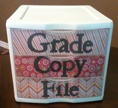 easy/cute organization for your papers.
