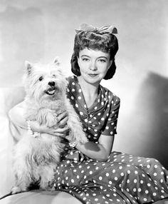 Lillian Gish liked polka dots too!