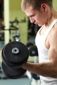 Men who do weight training regularly -- for example, for 30 minutes per day, five days per week -- may be able to reduce their risk of type 2 diabetes by up to 34%, according to a new study by Harvard School of Public Health (HSPH) and University of Southern Denmark researchers.