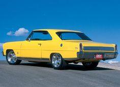 Ed Vannoy's '66 Nova
