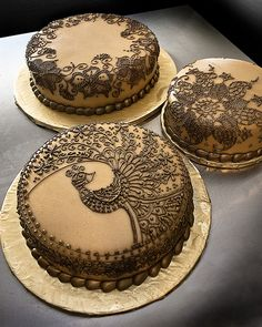 Wedding cakes with lace pattern.