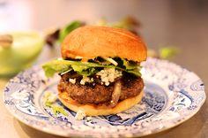 Best Burger EVER! (Pioneer Woman Recipe)
