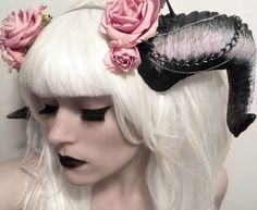 ram horns, horn headdress, costum, boutiques, how to make horns, ramhorn, human horn, horn femal, dark horn
