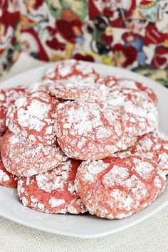 Your sweetie won't be able to resist these Strawberry Cool Whip Cookies! They make a great low calorie but still delicious snack for Valentine's Day!