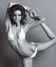 Miranda Kerr - Yogi! She talks to us about her yoga practice and more!