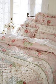 bedding, rose, cottag, beds, quilt, shabbi chic, bed linens, guest rooms, shabby chic bedrooms