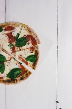 skillet pizza | @threadedbasil