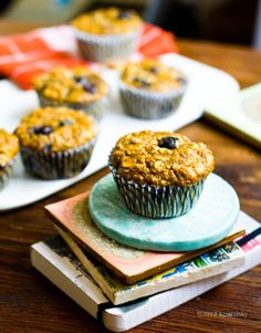 Pumpkin Chai Spice Oatmeal Blueberry Muffins - Healthy. Happy. Life.