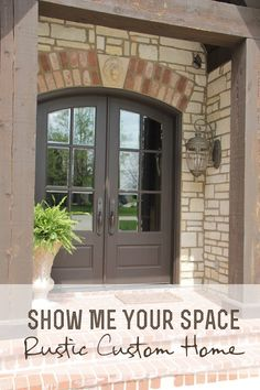 Show Me Your Space: Rustic Custom Home | This gorgeous custom home has lots of ideas that can be DIY'ed easily.  Exposed beams, raw wood and beautiful accents are highlights. Great to get rustic home decor ideas.