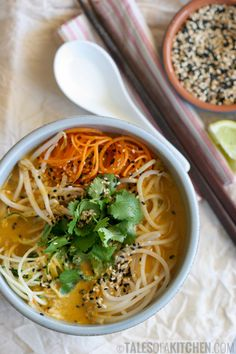 Awesome vegan laksa that ticks all the right boxes. And made from scratch too!