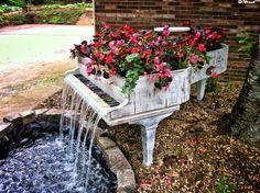 Old piano planter