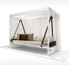 Chaise swing