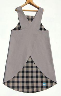 ZUT crossover apron by ZUTusine on Etsy #apron #avental