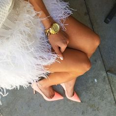 Feathers: girly chic