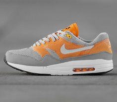 Nike Air Max 1 C2-0-Wolf Grey-Pure Platinum-Kumquat-Atomic Mango