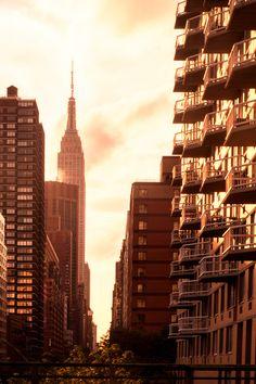 New York, NY (by Sunset Noir) favorit place, window citi, beauti place, sunsets, sunset noir, beautiful nyc, amaz place, york citi, photographi