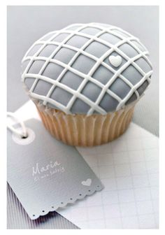adorable grey cupcake. PERFECT