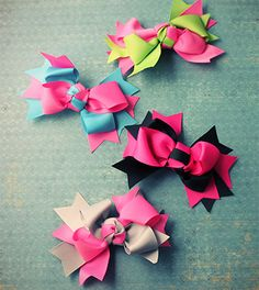 Hair Bows: Small Two Tone Bow