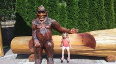 Many thanks to Naomi Sturgeon for this adorable photo of her daughter posing with our beloved Sasquatch in Harrison Hot Springs.