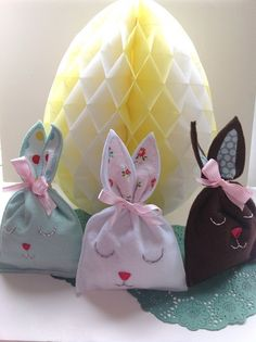 Bunny treat bags #Easter #CelebrateEaster