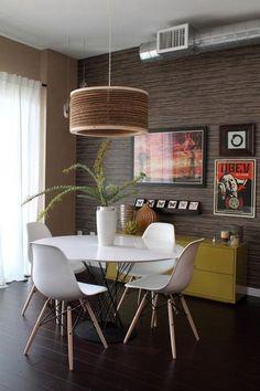 Retro modern, nice lamp | via http://www.apartmenttherapy.com