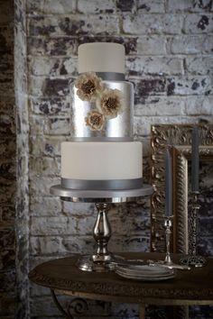 metallic and sunflowers cake