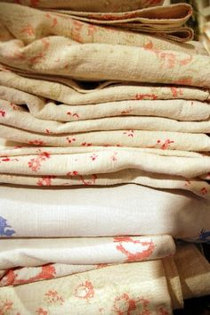 Vintage Linens via Cabbages & Roses