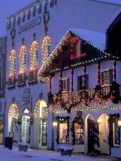 Main Street with Christmas Lights at Night, Leavenworth, Washington, USA Photographic Print