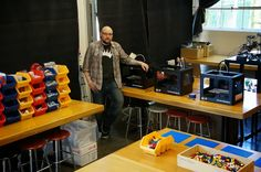 Love the Lego setup for a warm up space for youth before programs start // Venture Lab Makerspace - Google+ - Move in is complete!