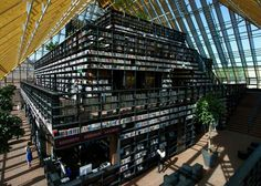 book mountain library @ rotterdam