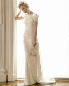 Alberta Ferretti 2011 wedding dress collection. #albertaferretti #weddingdress #wedding #bridal #fashion #whitedress #white #dress