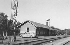 Rock Island Railroad station, West Des Moines in its original location, late 1940's / early 1950's. The building exists today. It has been moved several blocks to the south part of Valley Junction [Railroad Pl. between 4th   5th]. Currently the offices of a Hospice organization.